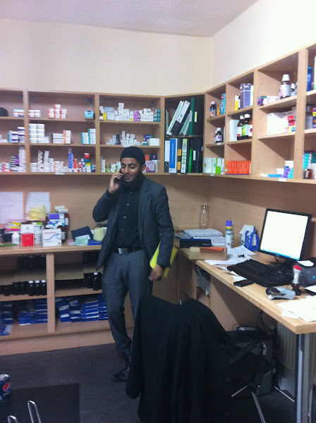 Photo: Online Chemist BlaCKBURN