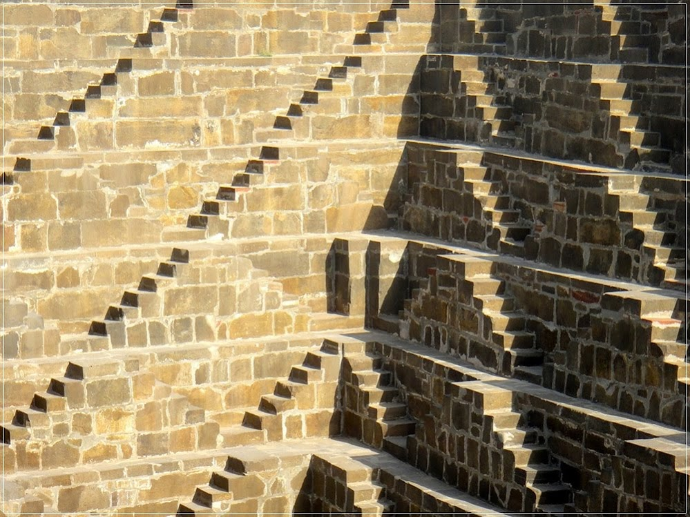 Stepwells, os poços em degraus da Índia