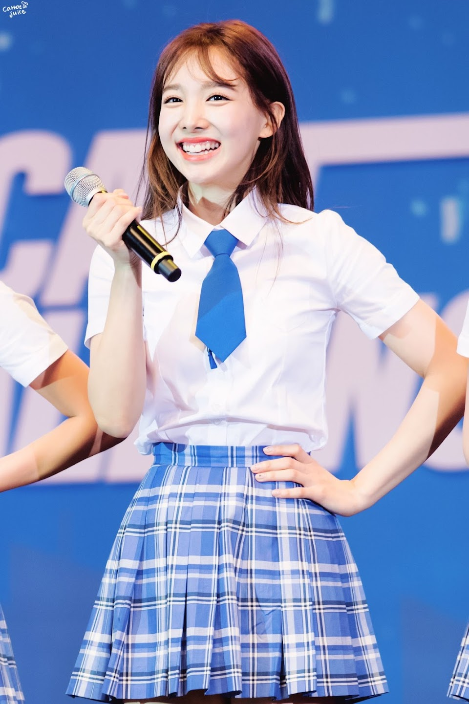 nayeon plaid 10