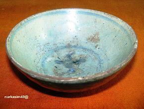 Photo: Mangkuk keramik abad XIV, hasil penggalian penduduk tahun 1963 di Pinrang. http://nurkasim49.blogspot.de