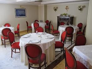 Photo: It.s4HR36-141009San Giovani Rotondo, restaurant Le Terrazze, un coin de salle  IMG_5827
