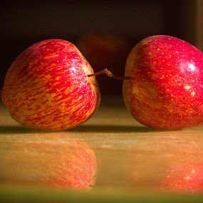 2 APPLE by Mukesh Kumar - Food & Drink Fruits & Vegetables