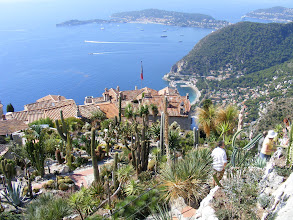 Photo: Now at the very summit (1400 feet) looking down the Mediterranean towards Nice.