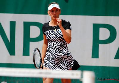 Elise Mertens herpakt zich fraai na tegenvallende openingsset en verzekert zich van finaleplek in Linz