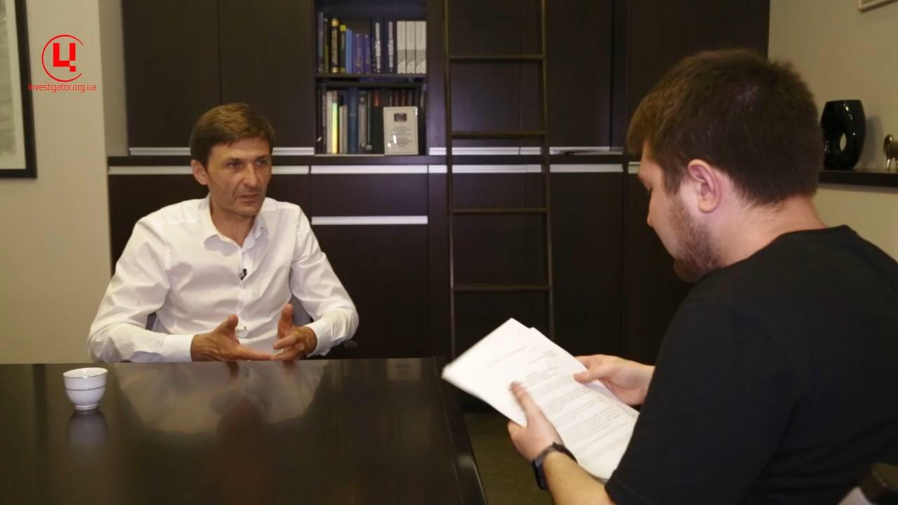 Адвокат Виталий Тытыч и корреспондент ЦЖР Никита Панасенко. Фото: investigator.org.ua