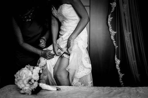 Wedding photographer Leonardo Scarriglia (leonardoscarrig). Photo of 19.01.2018