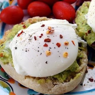 Avocado Eggs Benedict Recipe