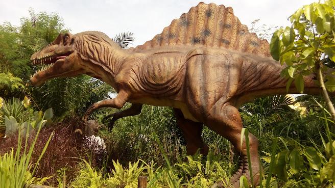 Petualangan Dinosaurus Di Taman Legenda TMII