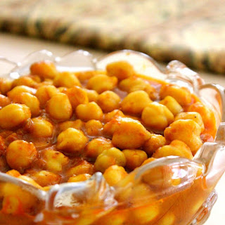 Afghan Cuisine - Tomato and Chickpea Stew (Khorisht Nukhut)