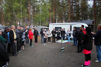 Photo: Pj. Markku Holm toivotti vieraat tervetulleiksi Hietajärvelle.
