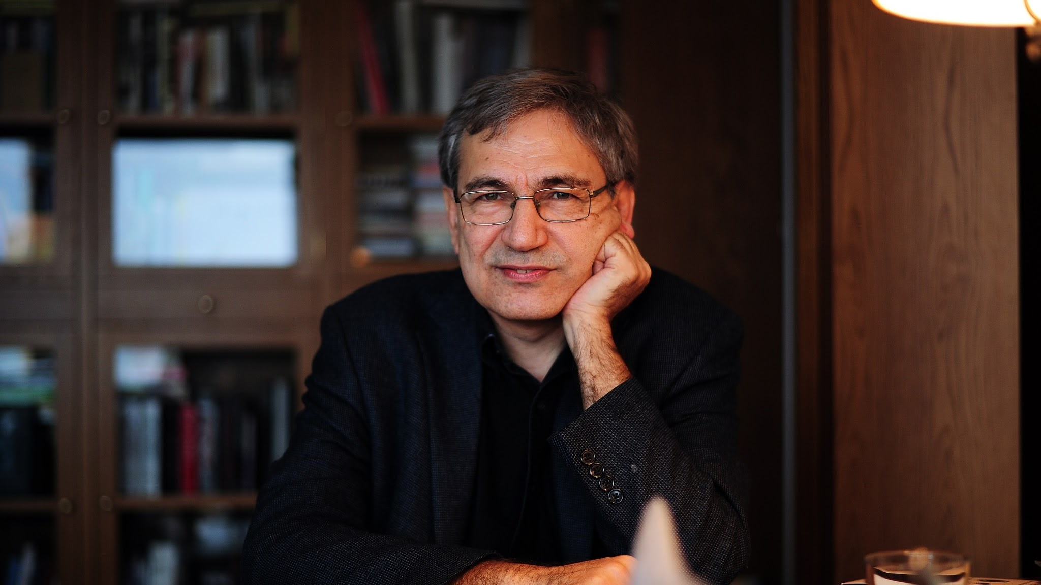 orhan pamuk On a windswept afternoon in mid-december, the writer orhan pamuk stood in a leafy square around the corner from istanbul university, absorbed in a 40-year-old memory he walked past parked motorcycles, sturdy oaks and a stone fountain, browsing through secondhand books in front of cluttered shops.