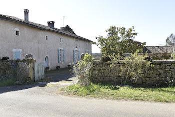 maison à Mainzac (16)