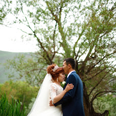 Wedding photographer Kubanych Absatarov (absatarov). Photo of 07.05.2017