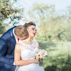 Wedding photographer Natalya Sidorovich (zlatalir). Photo of 05.08.2017