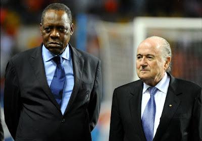 Après la suspension confirmée de Blatter, la FIFA nomme un président ad-interim