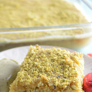 Pistachios Semolina Cake
