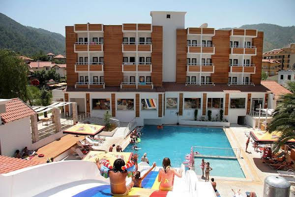 Club Munamar Beach Resort