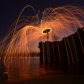 Steel Wool by Widia Widana - Abstract Light Painting