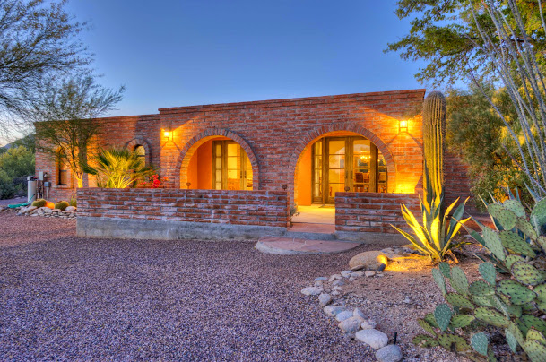 front yard Tucson home stone image