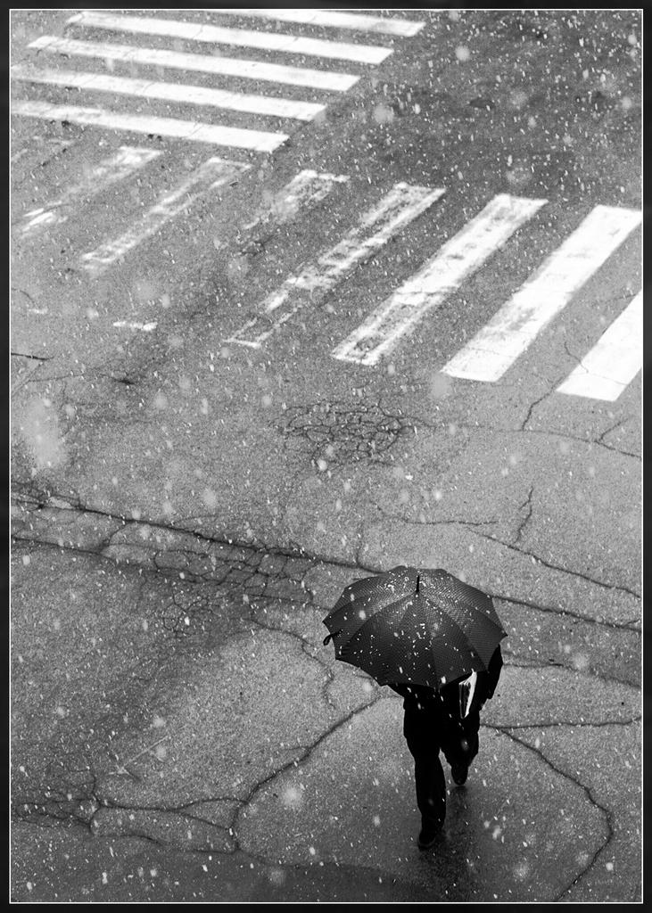 Uomp con l'ombrello di pablo