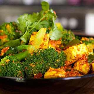 Spicy Bengali Tofu with Broccoli