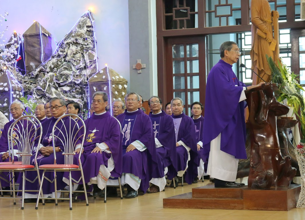 Thánh lễ an táng Cha Đaminh Vũ Đức Hậu - Giáo phận Ban Mê Thuột - Ảnh minh hoạ 3