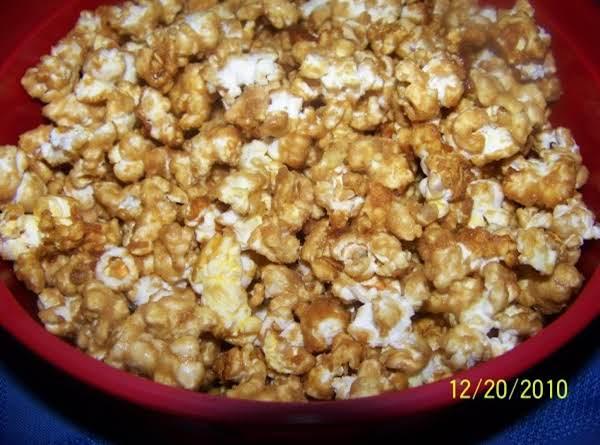 Crunchy Caramel Popcorn