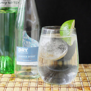 Gin and Dry Juniper Soda - A light and summery cocktail