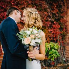 Wedding photographer Nika Maksimyuk (ilunawolf). Photo of 23.10.2018