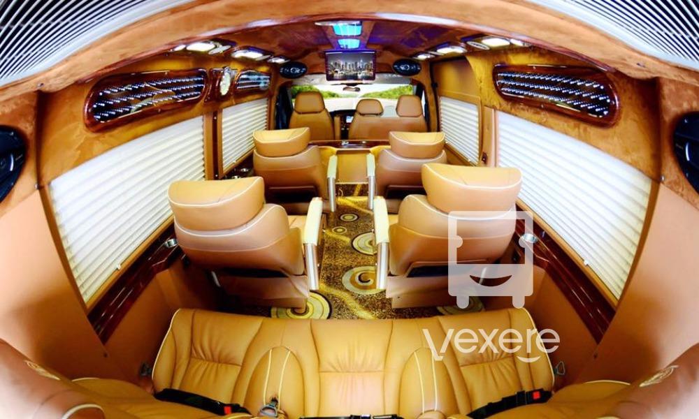 Nội thất xe Huy Võ Limousine đi Hà Nội từ Lạng Sơn