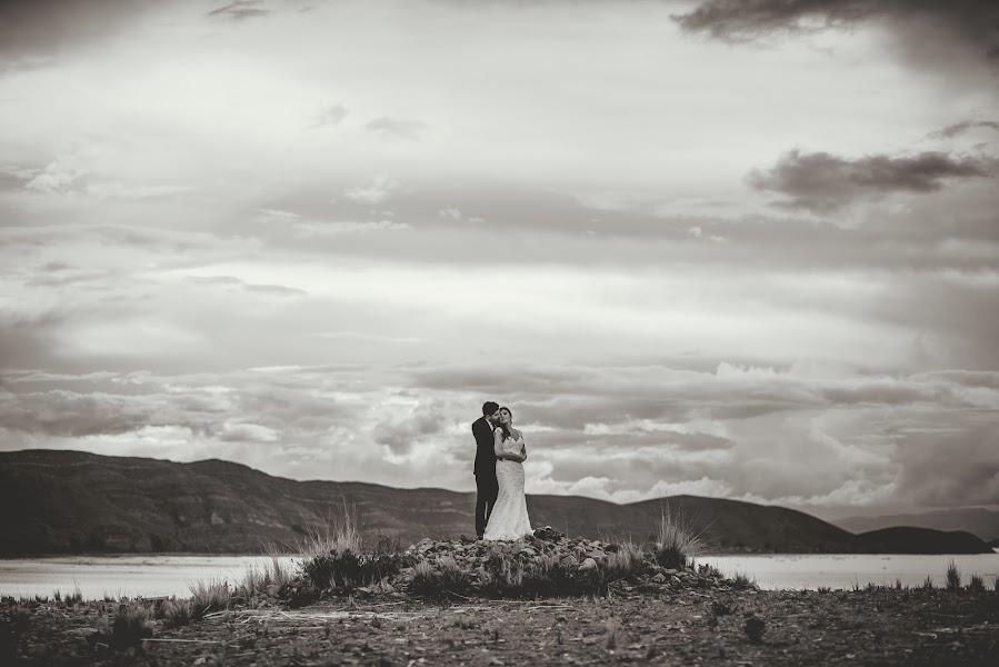 Wedding photographer Valery Garnica (focusmilebodas2). Photo of 27.09.2017