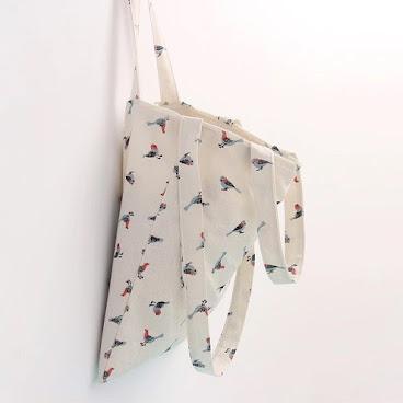 #tt0020 33*38 三肩帶95cm 56cm  HK39 棉麻  查詢請whatsapp93836427  more photo👇🏻 tthomana.boutir.com  #852 #852shop #852onlineshop #852seller #852shopping #852girls #852ig #hongkongshop #buy #bag #totebag #bird