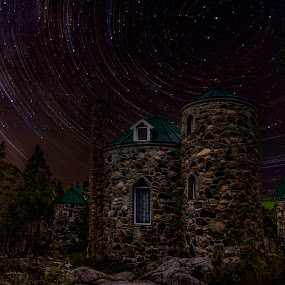 The Castle rock by Stéphan Savard - Buildings & Architecture Architectural Detail ( canada, castle, starstrail, québec )