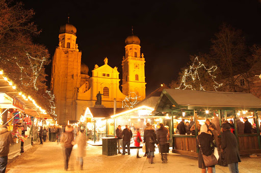 Viking-Passau-night-market - Bundle up and get in the holiday spirit at the Christmas Market in Passau, Germany.