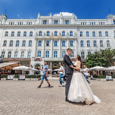 Wedding photographer Gergely Vas (gregoryiron). Photo of 23.08.2017