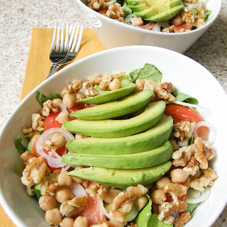 Mixed Greens Salad with Walnuts, Avocado and Chickpeas.