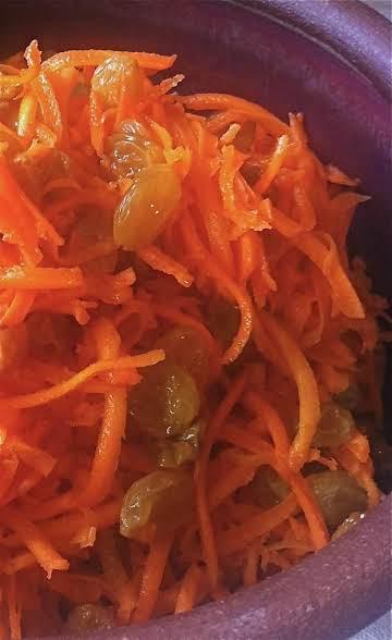 Carrot Salad: No Fuss Favorite