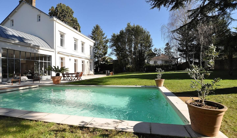 Propriété avec piscine et jardin Nantes