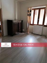 maison à Lacapelle-Marival (46)