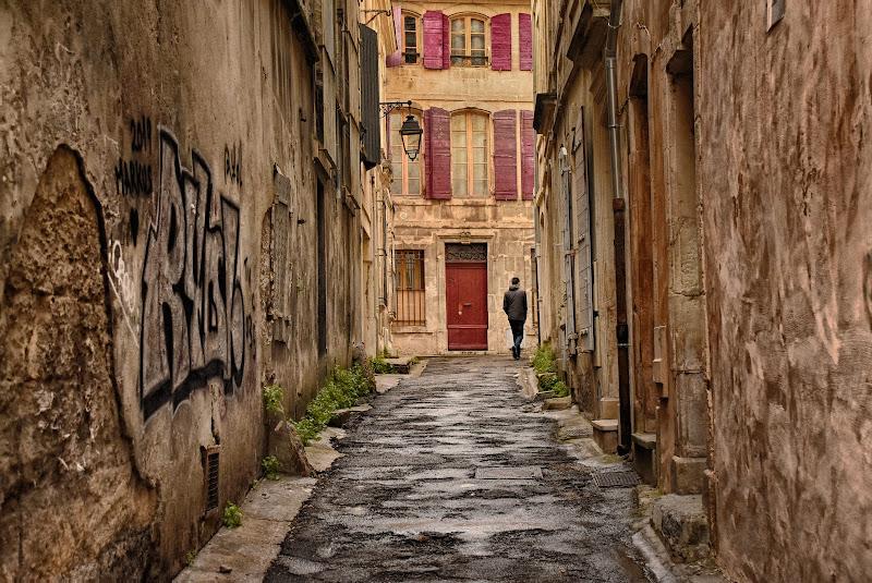 Tra  i muri della città antica di BASTET-Clara