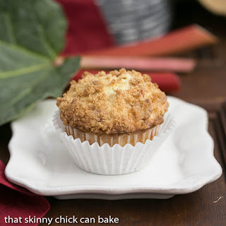 Streusel Topped Rhubarb Muffins