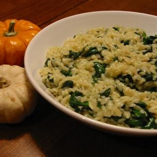 Cheesy Spinach Mushroom Orzo.