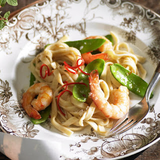 Shrimp, Snow Pea and Chili Fettucine