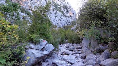 Photo: Ipak, brine nas malo da li ćemo i koliko daleko moći prolaziti prije nego nas vodene barijere usmjere van kanjona.