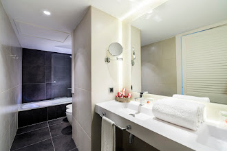 Photo: C13.BAÑO HABITACION JUNIOR SUITE