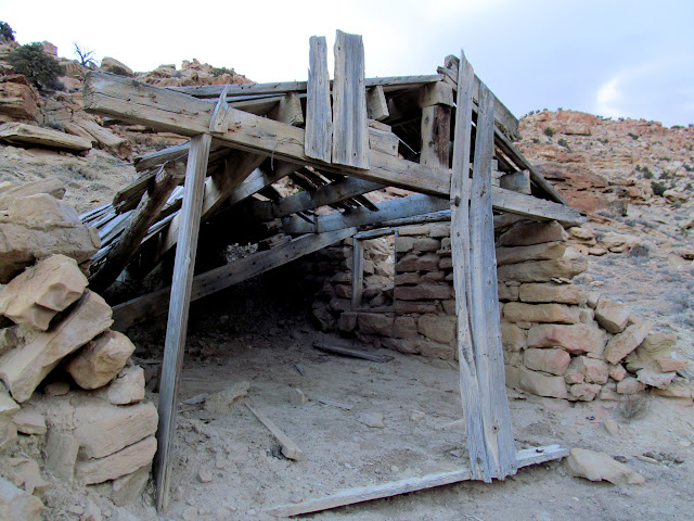 Old building in Willow Springs Wash
