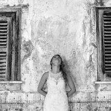 Wedding photographer Massimo Brusca (Studioimmagine). Photo of 11.07.2017