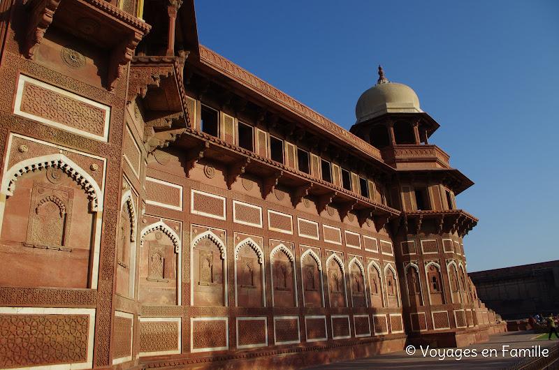 palais de jahangir, fort d'agra