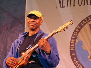 Photo: Kevin Eubanks withDave Holland and Prism