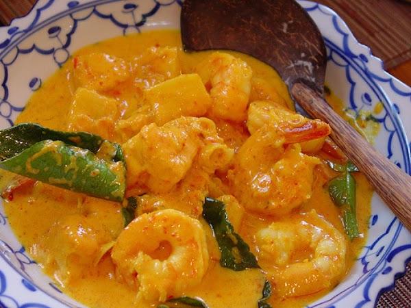 Thai Coconut Red Curry With Shrimp Recipe